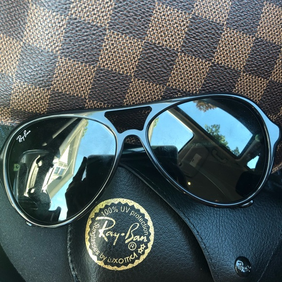 71f5dbd983c Brand new Ray Bans Cats 5000. Color is black